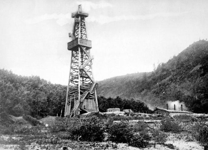 Нефть для фронта: почему на вершине Стрельной располагались буровые вышки