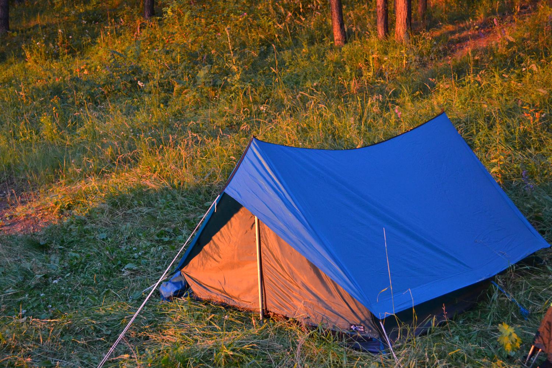 Хрестоматийная палатка